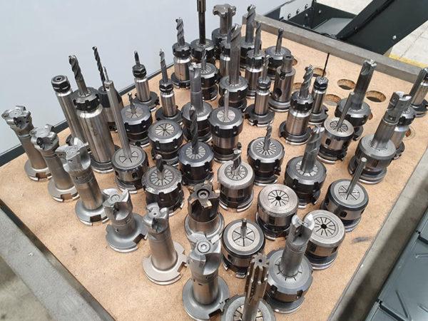 Centro de mecanizado vertical 5 ejes (3+2)