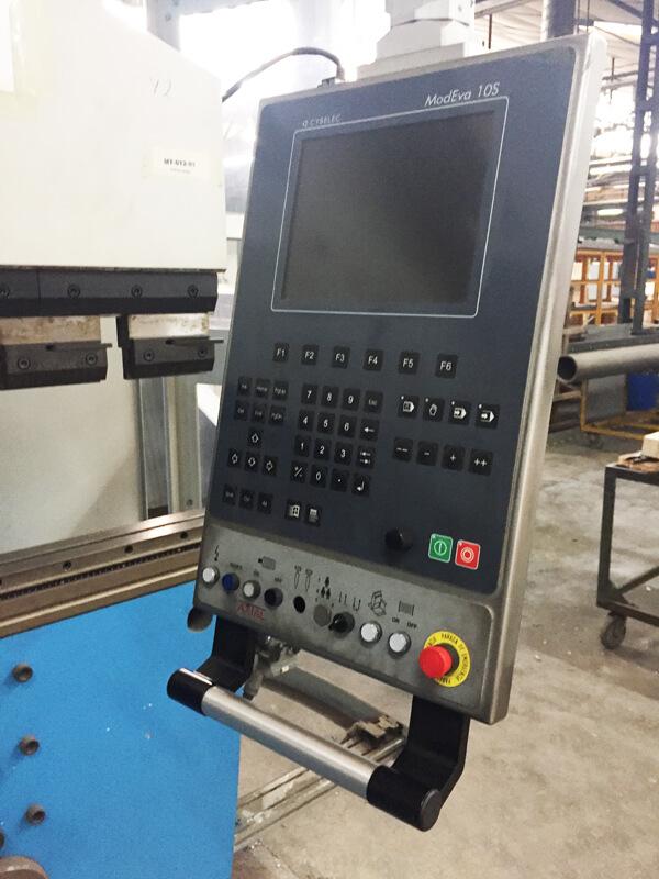 Plegadora CNC SYNCRO356